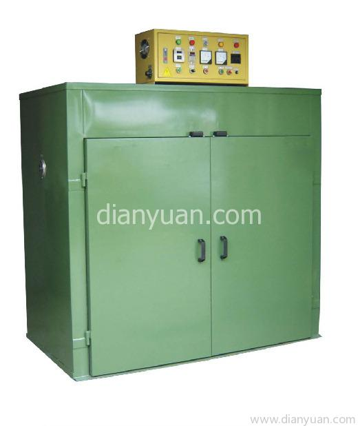 加热电路安装超温保护器一个,电控箱侧面安装散热小风扇一个 7 烤箱