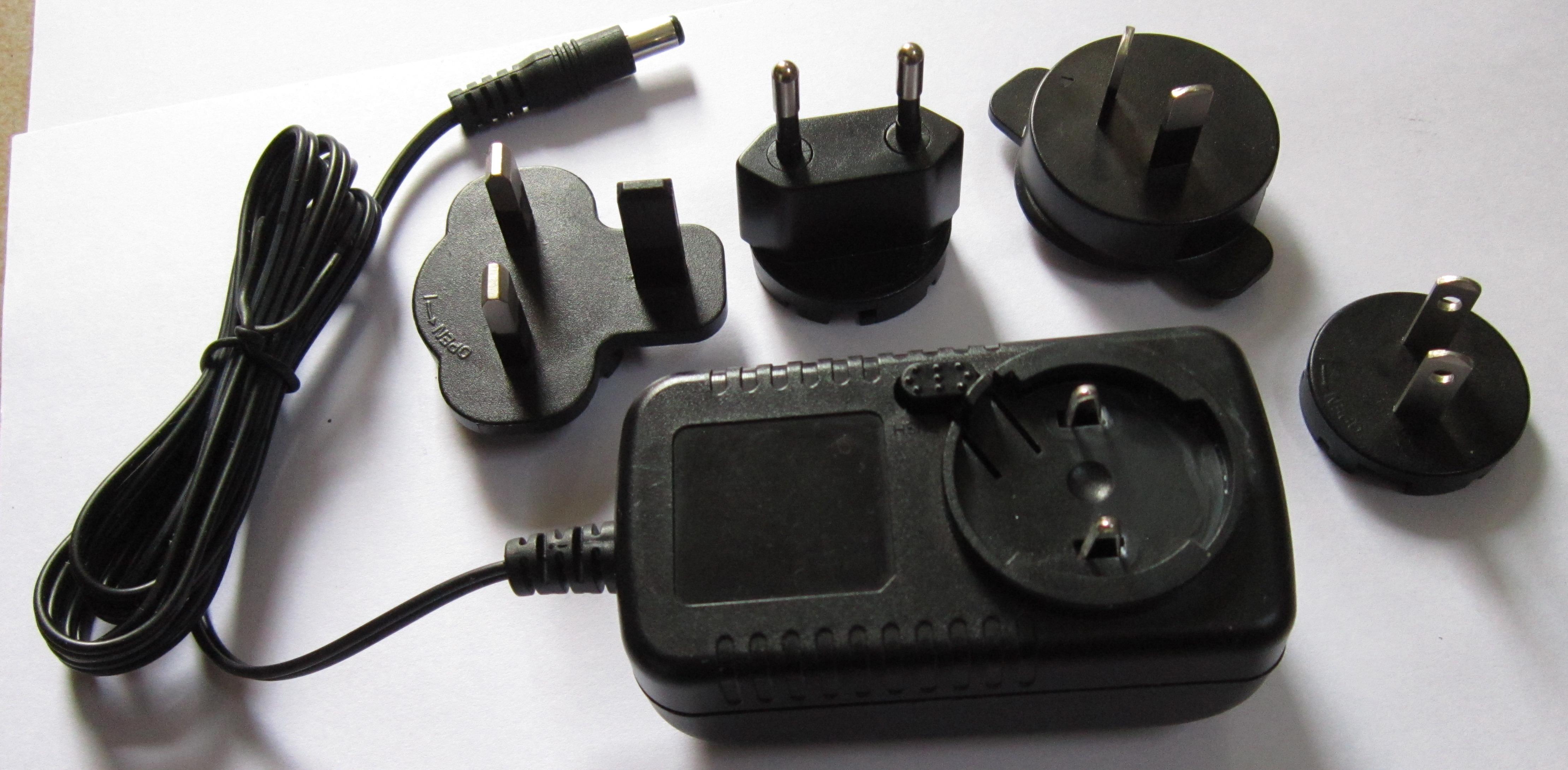 [产品介绍]: 一拖三恒流LED电源; 输入电压范围:100-240Vac,47-63Hz; 输出电流:共3路,每路220mA; 输出功率:额定28W; 输出电压范围:38-46Vdc; 效率:最大可达90%; 另有多种规格供选择: 1、一拖三led电源,三路输出恒流30mA,输出功率19W,输出电压范围180-215V。最佳电压214.