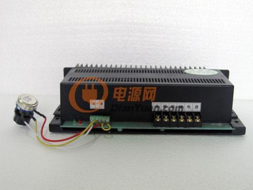 转速表.2.电压表的一种;  数显双表是指可显示:1.转速表.2.